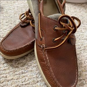 Used Sperrys size 11.
